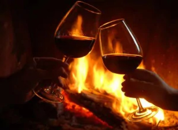 Wine-toast-and-fireplace-3