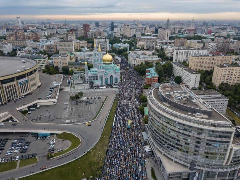 rUSSIA 2 Eid Al Fitr 2017