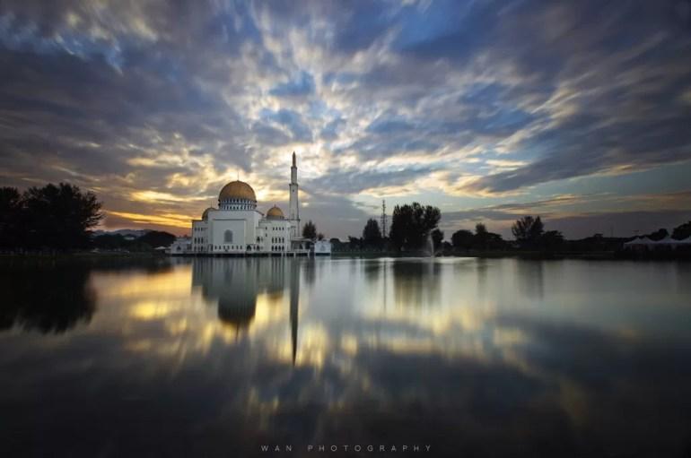 Puchong Perdana Mosque Selangor Malaysia