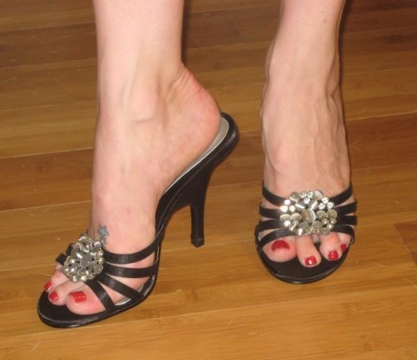December 2009 Island Shoe Girl'