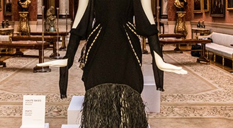SI inspired dress displayed in Buckingham Palace