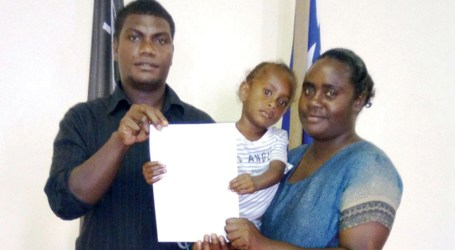 Young family bound for Canada