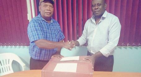 Atoifi Adventist hospital receives urgently needed drugs
