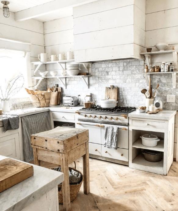 The Isle Home - Sunday Scroll #whitekitchen / Design Ideas