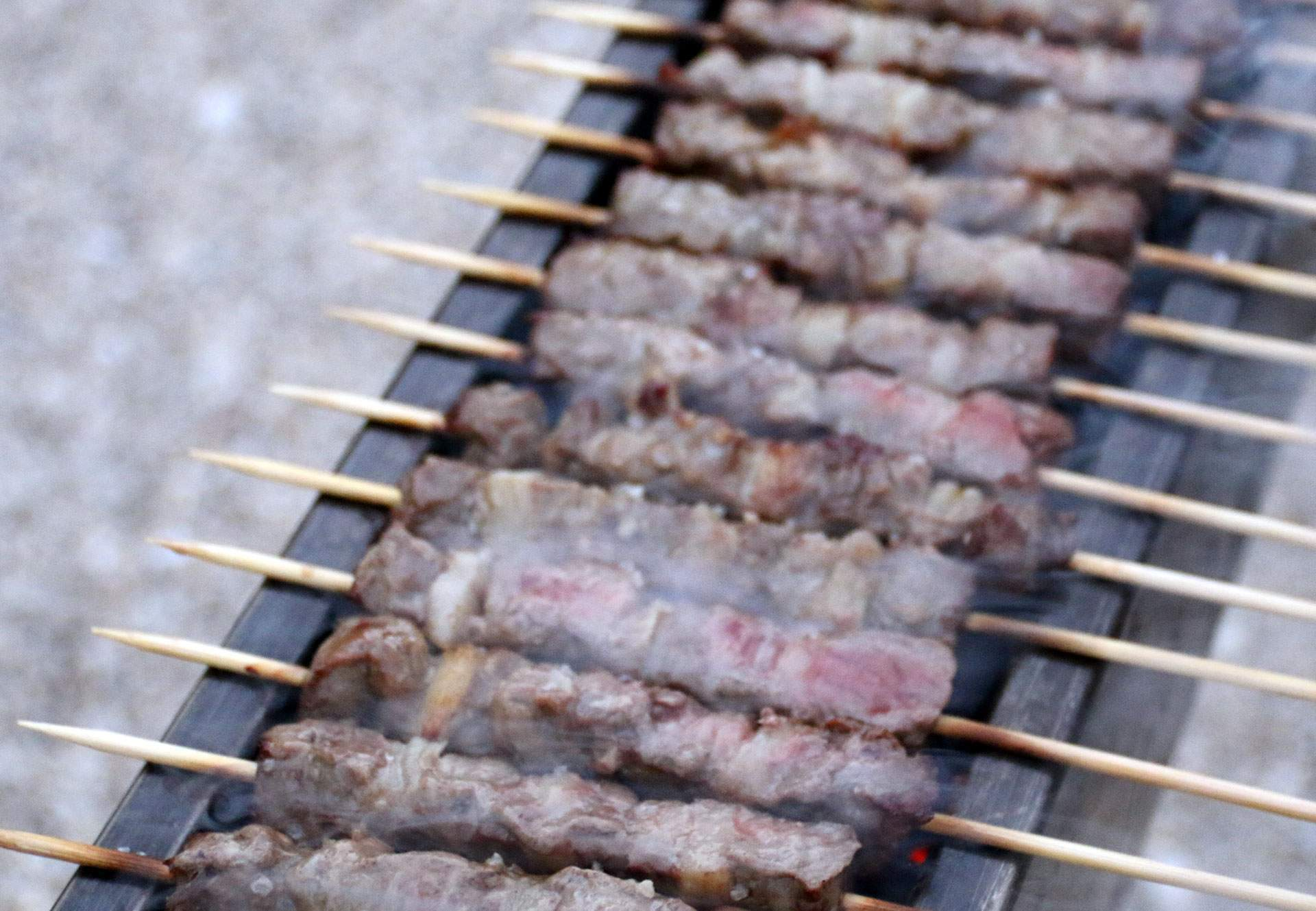 The Italian BBQ | arrosticini abruzzesi in cottura