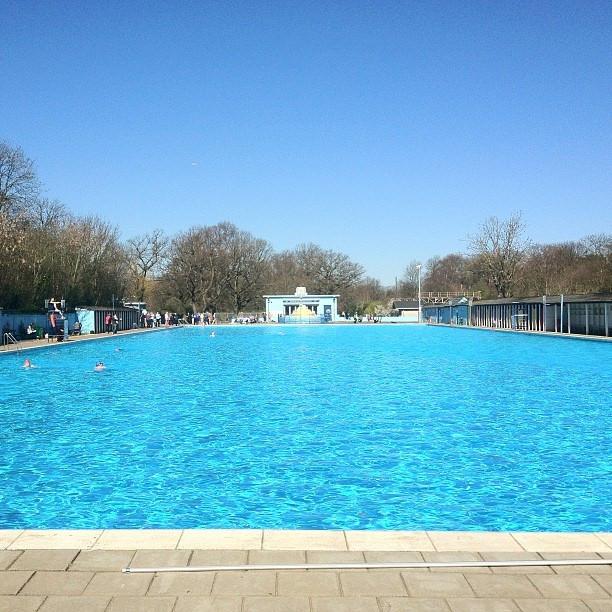 Piscine a Londra ecco 5 lidi balneari con piscina allaperto