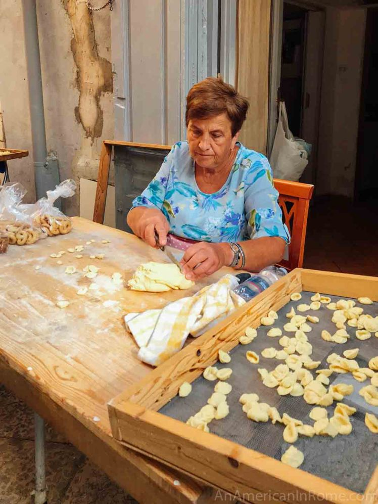 Bari-Pasta-Ladies-4