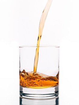 alcohol-933367_960_720
