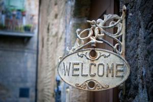 welcome-sign_1