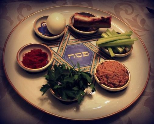 Passover-seder-plate-Sarah-Biggart-e1426519503157