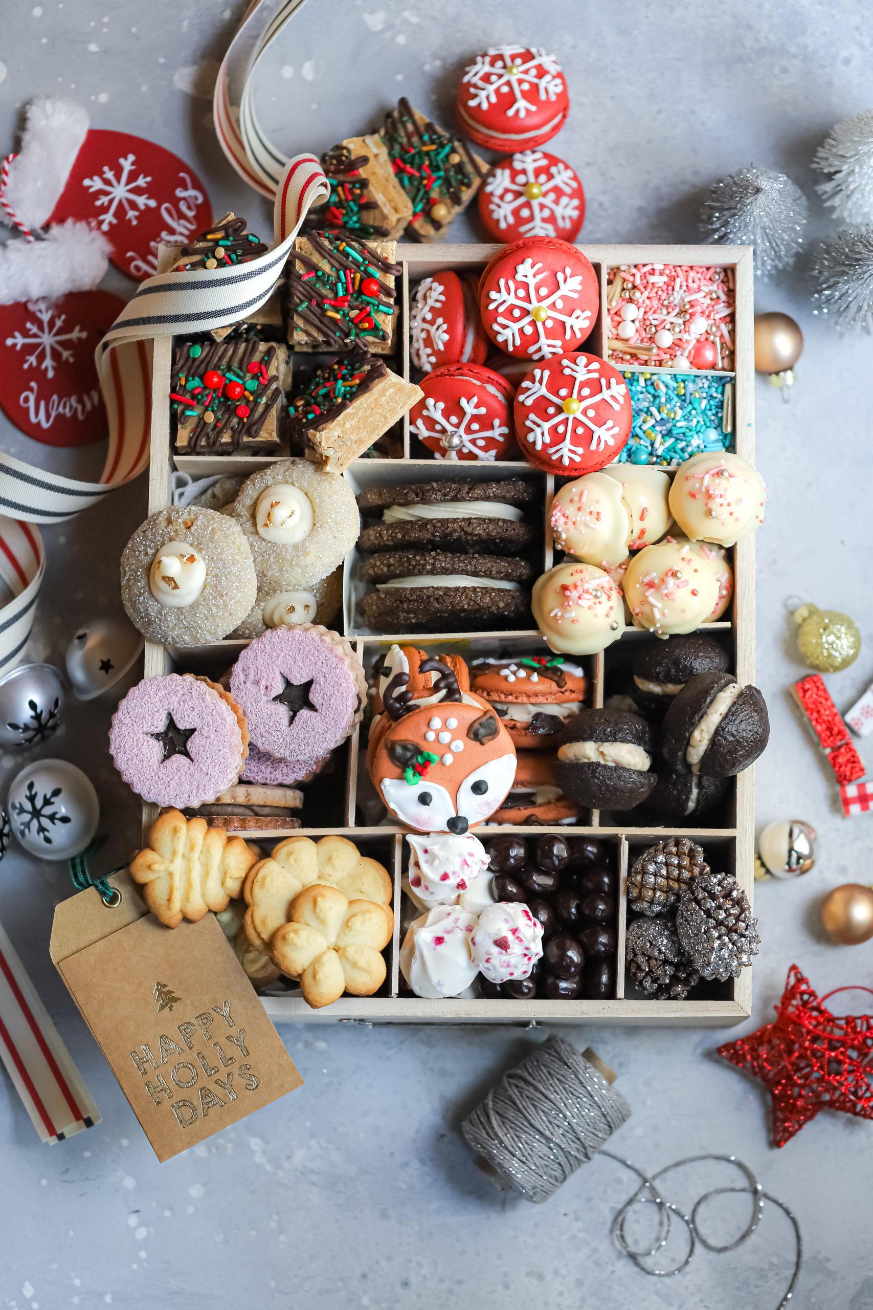 Amisha @thejamlab holiday cookie box!