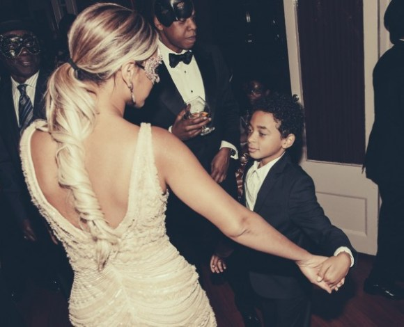 beyonce-jay z-juelz-tina knowles-60th birthday party new orleans-the jasmine brand