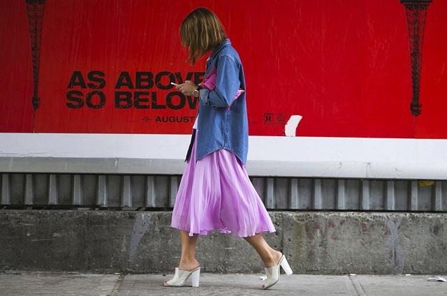 denim-shirt-street-style-fashion-week
