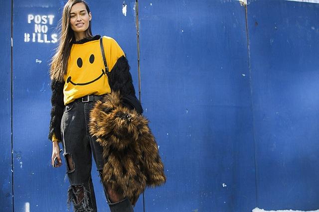 new-york-fashion-week-street-style-denim-jeans-12