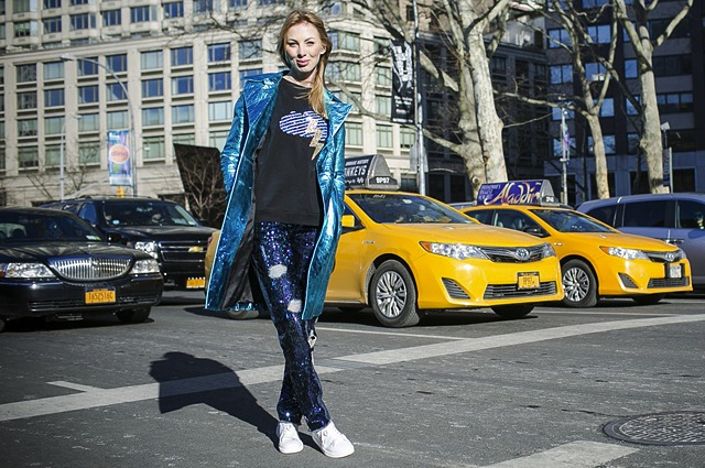 new-york-fashion-week-street-style-denim-jeans-3