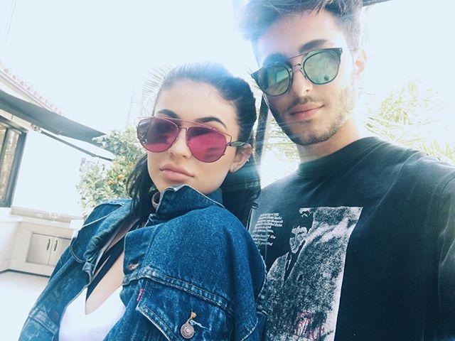 Kylie Jenner Wears Vintage Levi's Denim On Instagram