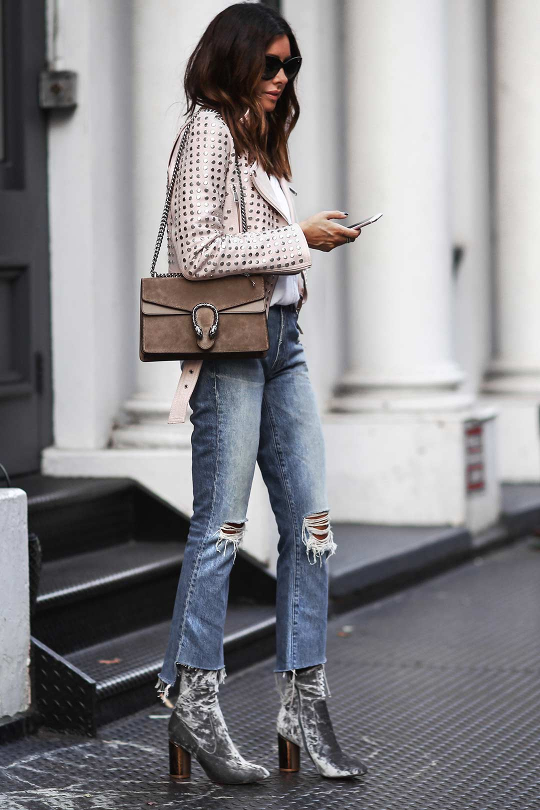 fashioned-chic-jeans