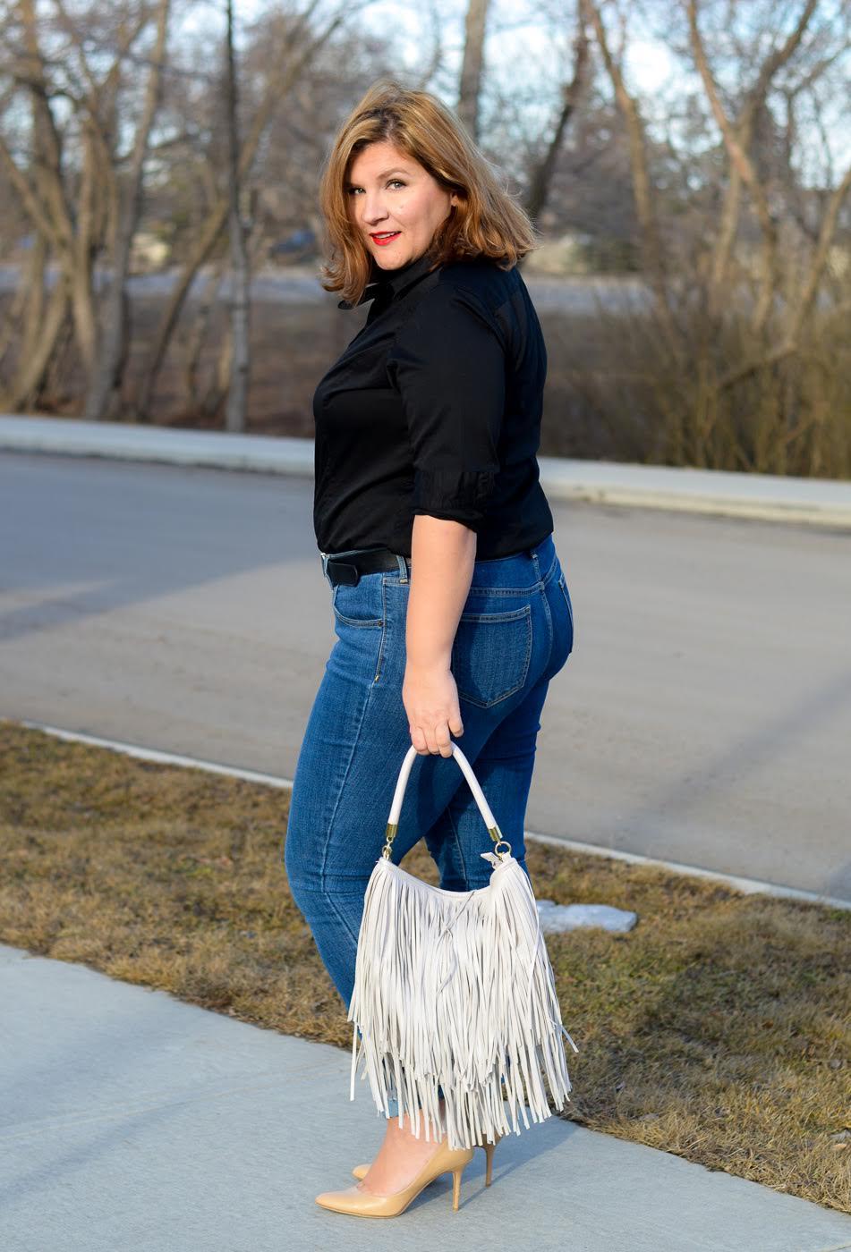 curvy-women-jeans