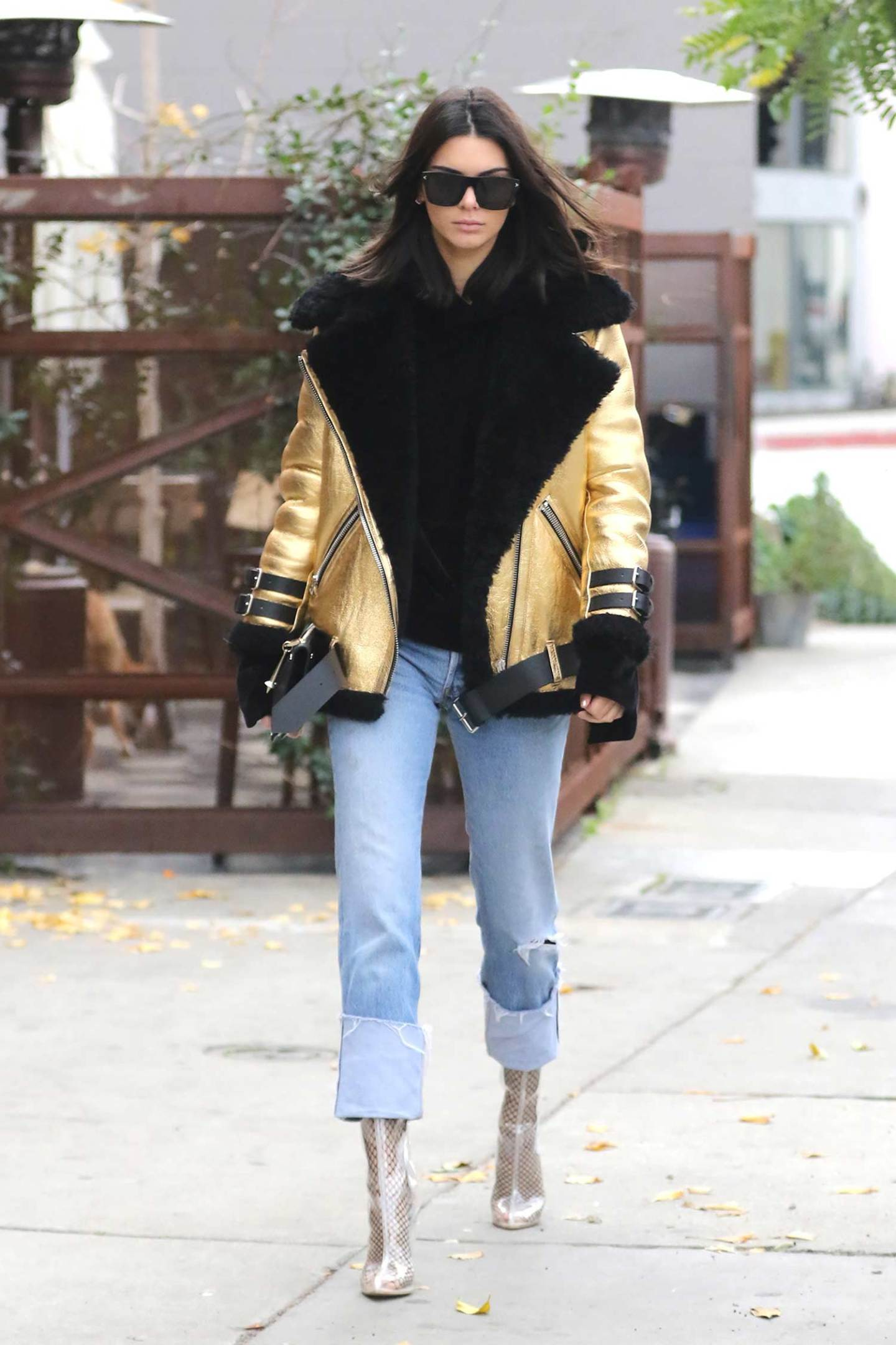 kendall-jenner-levis-redone-jeans