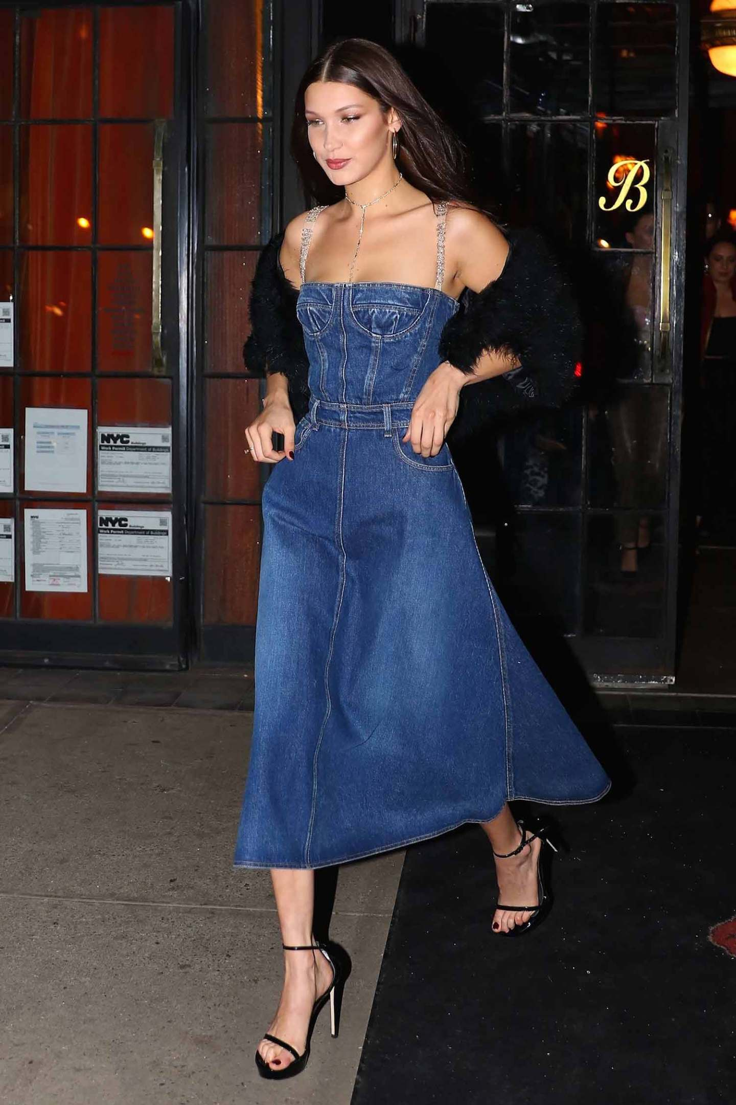 bella-hadid-dior-denim-dress