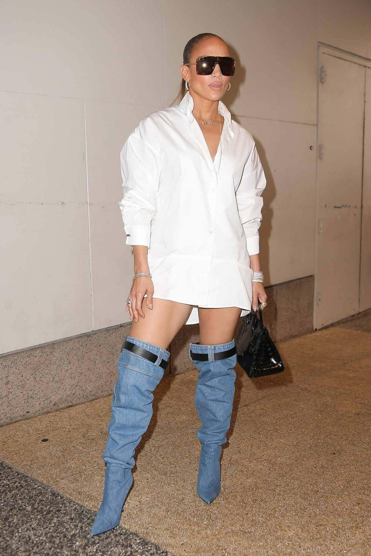 Jennifer Lopez Wears Versace Resort 19 Denim Boots The Jeans Blog