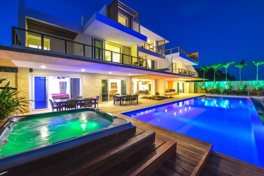 Caipirinha Villa - www.thejerny.com