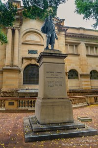"Statues of Matthew Flinders and ""Trim"" his cat"