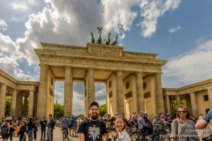Nina, Ludwig and Bonny at the Brandenburg Gate