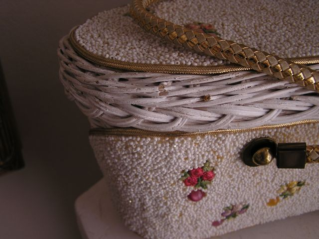 1950s Midas of Miami Vintage Beaded Box Purse Wicker Detail