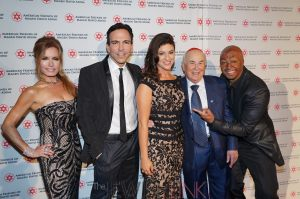 AFMDA-L-R-Tracey-Bregman-Dr.-Bill-Dorfman-Gina-Edwards-David-Siegel-J.R.-Martinez-resized.-Photo-by-Orly-Halevy.
