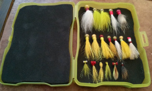 homemade diy fly box flybox jighead jig bucktail fishing flies trout flounder salt fresh water cheap affordable foam plastic tying