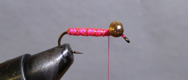 fly-fishing-hook-lead-free-wire-brass-barbell-eyes-pink-thread-gold-tinsel-flash