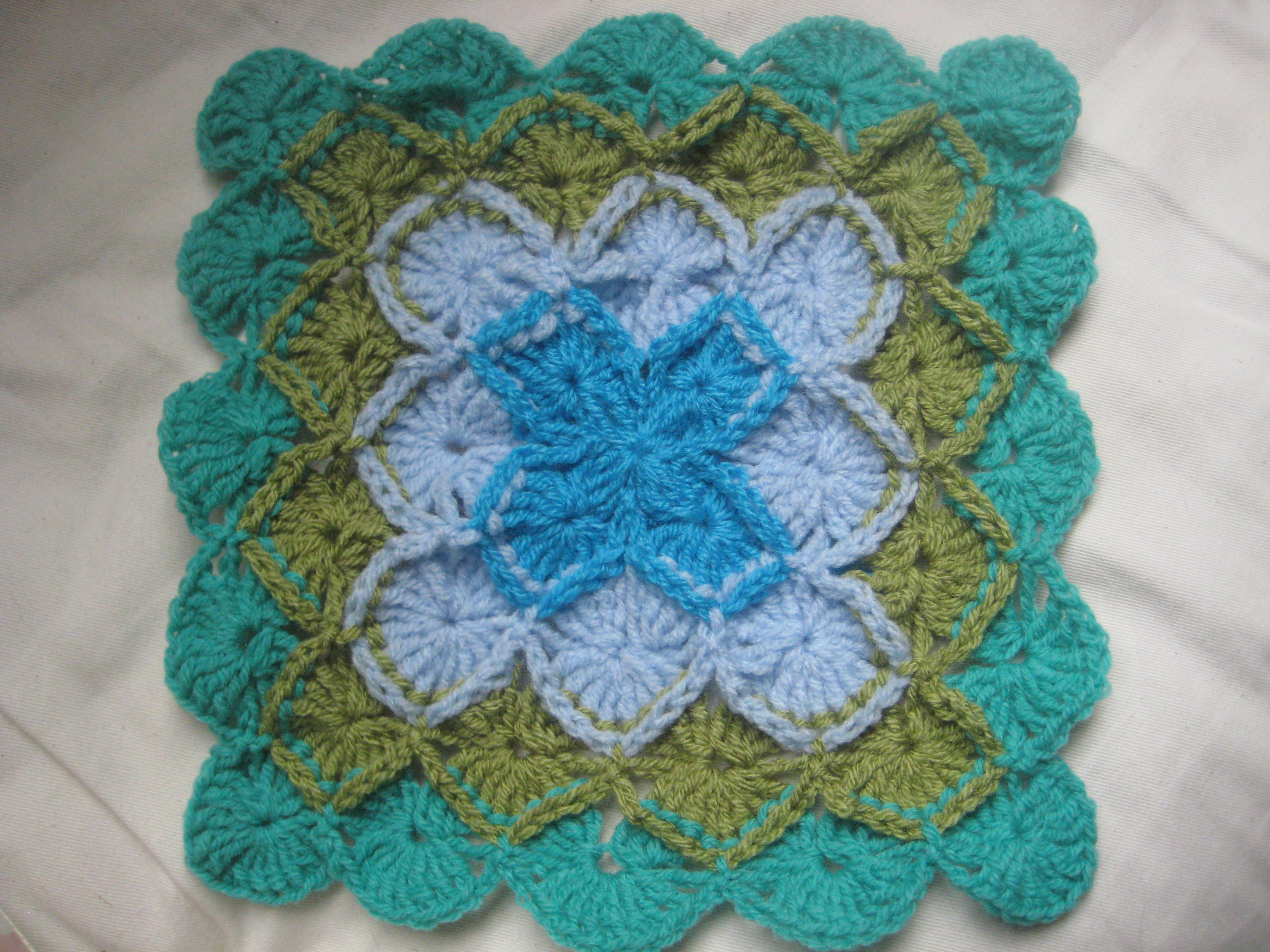014 Bavarian crochet stitch cushion