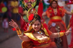INDONESIA'S COLORS. A delegate from Indonesia in her full festival attire performs during the World Costume Festival street parade along the old Spanish era streets of Calle Crisologo in Vigan City, Ilocos Sur.