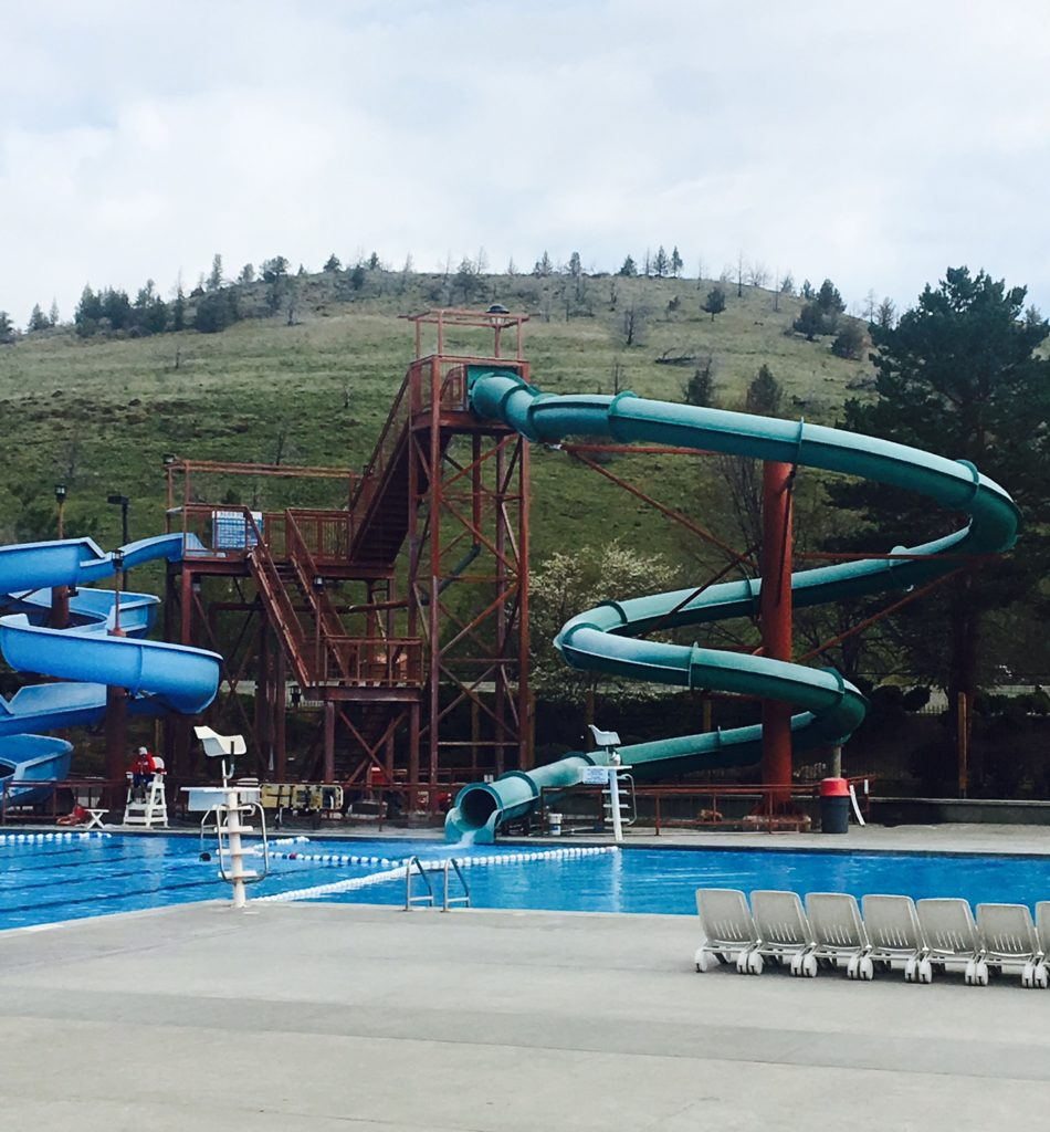 The swimming pool and slides in the villiage