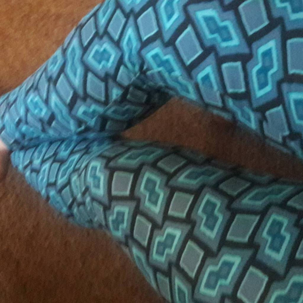 My first pair of LulaRoe leggings! So comfy!