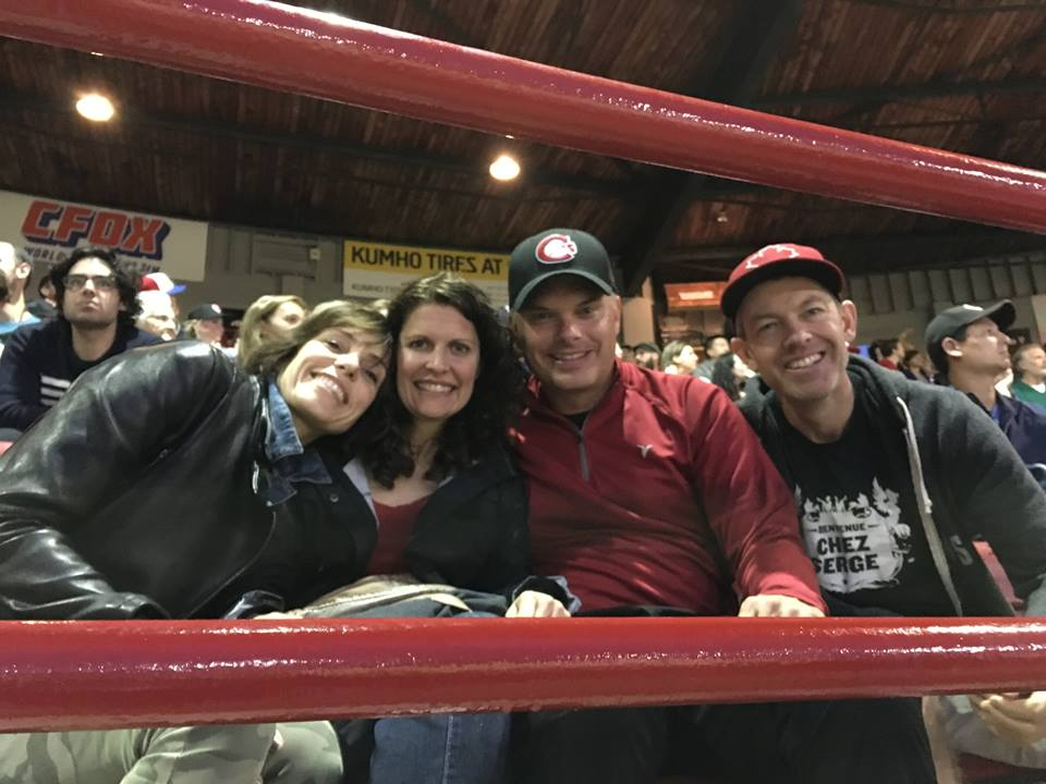 vancouverites clarkes and philipps at Canadians game