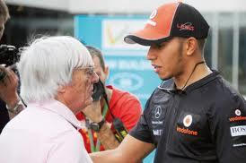 Bernie Ecclestone talks to Hamilton