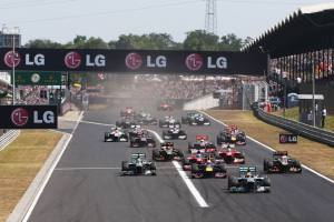2013 Hungarian Grand Prix Start © Im a Die Hard F1 Fan