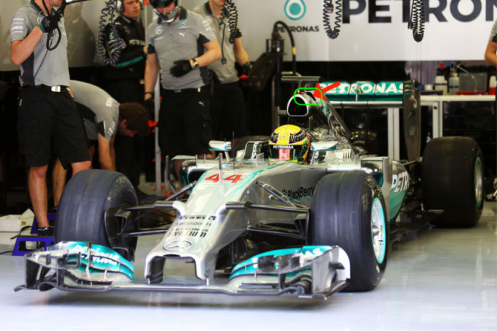 Picture 5 - Mercedes W05 new engine cover detail