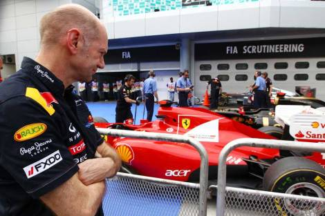 Adrian Newey look at Ferrari F150