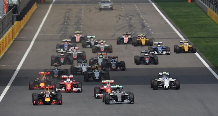 Chinese-Grand-Prix-2016-Race-Start