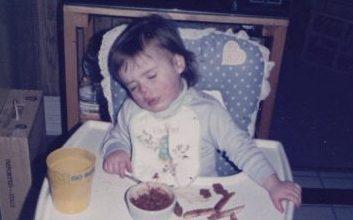 Jen falls asleep while eating