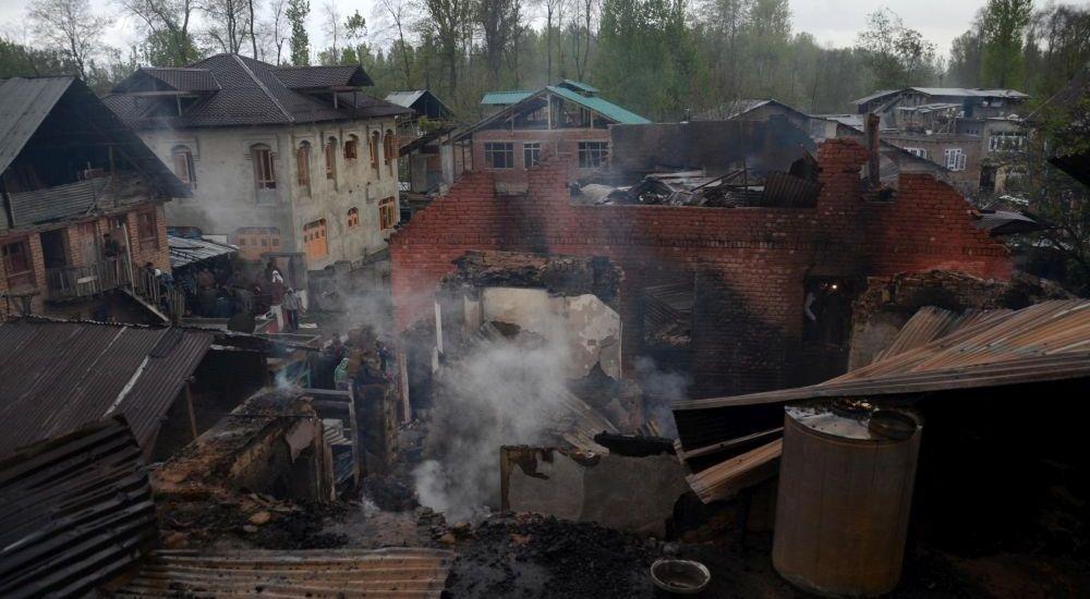 4 civilians, soldier killed; 60 youth injured in Kulgam