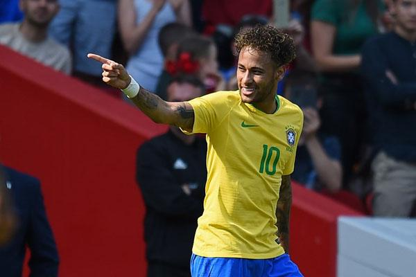 The joy is back for Neymar in World Cup qualifying