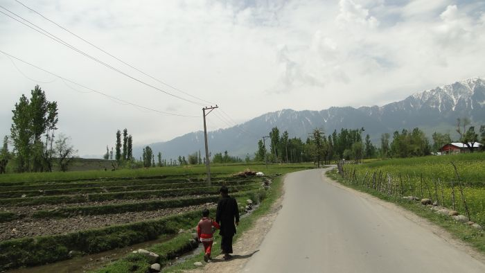 The Rural -Urban Divide in Kashmir