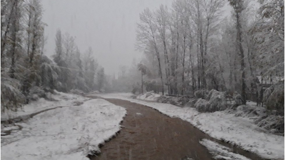 Drass experience season's first snowfall