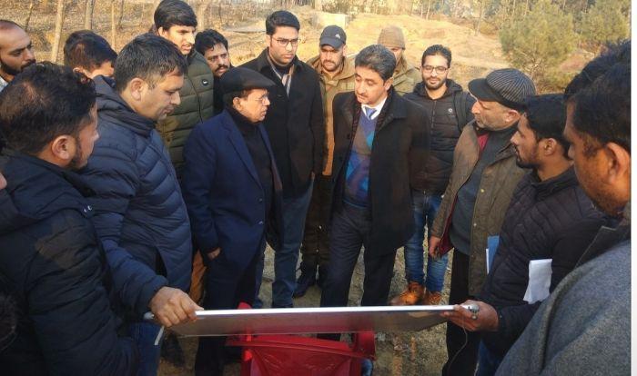 Development Commissioner Handicrafts Dec 14 Kashmir Images Newspaper