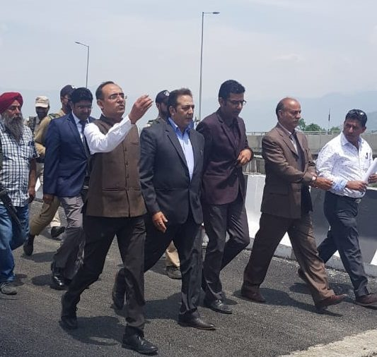 Principal Secy, Div Com visit Solina-Rambagh flyover, review construction work