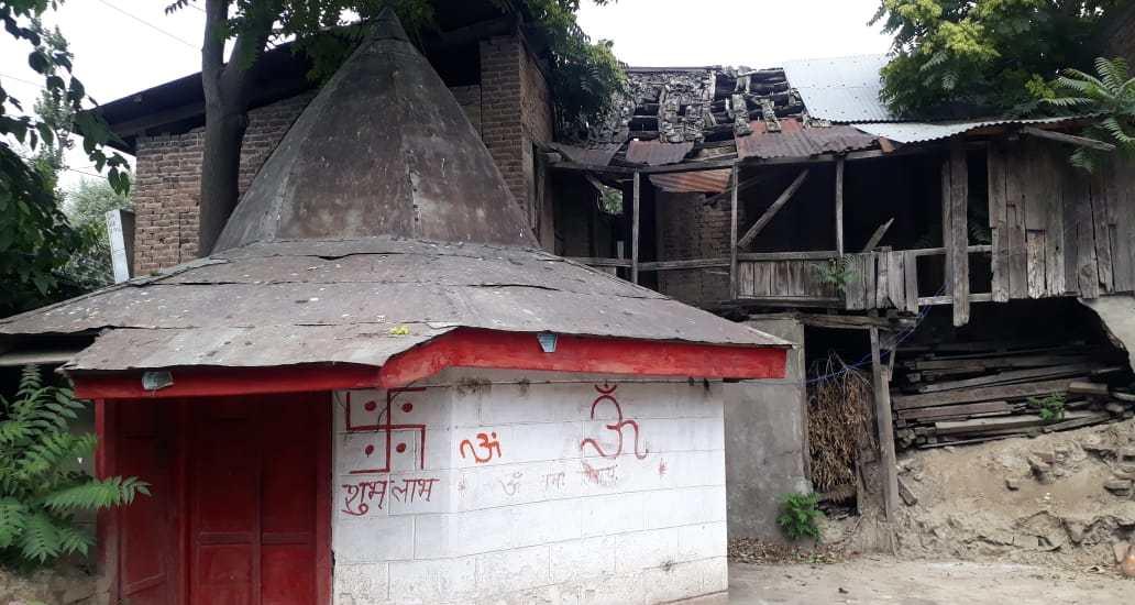 Local Pandits seek restoration of Satish Mandir in Pampore
